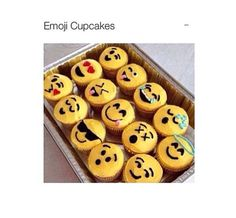 Emjio cupcakes!!!! How sick is that :)