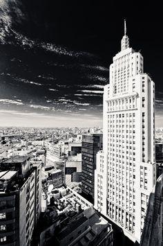 Prédio Banespa, São Paulo, Brasil Skyscraper by André Landin