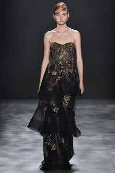 Marchesa   Collections   Marchesa   Fall 2017   Collection #3