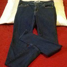 Mark Down HOLLISTER SKINNY LEG JEANS HOLLISTER SKINNY LEG JEANS WAIST 29in., LENGTH 33in. Hollister Jeans Skinny