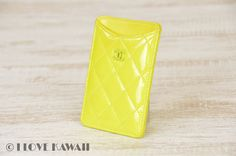Leren iPhone hoesjes vind je bij ons! - #leather iPhone case | CHANEL Yellow Enamel Leather iPhone Case - http://ledereniphonehoesjes.nl/slimme-iphone-6-hoesjes/