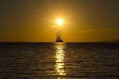 Sunset Mykonos, Greece ph volvidejapon