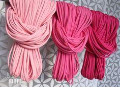 spaghetti scarf shades of pink