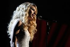 Taylor Swift Photos - The 2008 American Music Awards - Zimbio