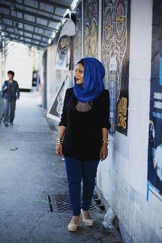 Toronto, Canada By: Langston Hues Modern Fashion, Fashion Art, Street Hijab Fashion, Hijab Outfit, Street Styles, Style Me, Cool Outfits, Toronto Canada, How To Wear