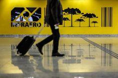 Situação política e econômica do Brasil atrai menos estrangeiros para trabalhar no país. Leia na Gazeta do Povo