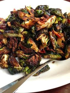 Tangy brussels sprouts are coated in a bacon-y, brown sugar, balsamic vinegar glazed. Brussle Sprouts, Roasted Sprouts, Shredded Brussel Sprouts, Sprouts Salad, Brussel Sprout Salad, Sprouts With Bacon, Bacon Recipes, Clean Recipes, Apple Slaw