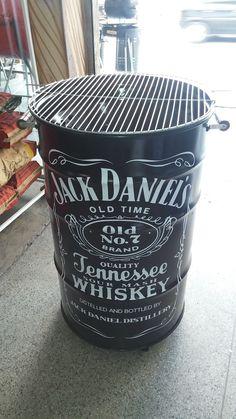 Churrasqueira Vertical Personalizada de Tambor de 100 Litros Ugly Drum Smoker, Drums, Whiskey, Bbq, Vertical, Canning, Bottle, Diy Bed, Drum Smoker
