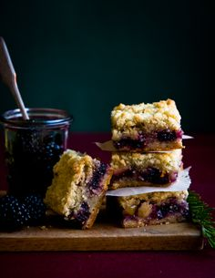 Berry, Apple, and Rosemary Shortbread Bars