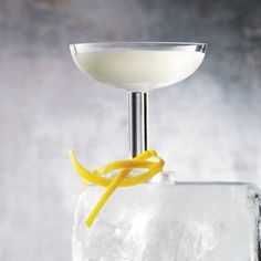 Here, seven great Lillet cocktails for aperitif lovers....
