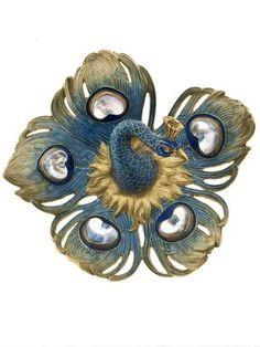 Peacock brooch, by René Lalique, circa 1898/1899, composed of gold, enamel and moonstones.