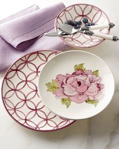 H7QPC  12-Piece Lattice & Floral Dinnerware Service