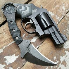 """norseminuteman: """" My J-Frame and karambit fetish continues. Weapons Guns, Guns And Ammo, Tactical Knives, Tactical Gear, Bushcraft, Every Day Carry, Kydex Holster, Cool Knives, Edc Gear"""
