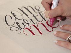 DIY-Anleitung: Die kleine Handlettering-Schule: Jutebeutel mit Schrift in geometrischer Form verzieren  // diy tutorial: embellish a tote bag with handlettering via DaWanda.com