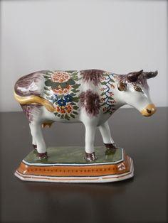 Koe,  Tichelaar Makkum ca  1920-1940
