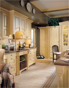Traditional Kitchens - Artistic Kitchens and Baths Room Interior, Kitchen And Bath, Artistic Kitchen, Cabinetry, English Country Kitchens, Country Kitchen, Home Kitchens, Traditional Kitchen, Kitchen Design