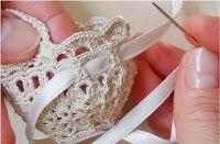 46 Ideas For Crochet Basket Diagram Posts Crochet Baby Hats, Crochet For Kids, Free Crochet, Easter Crochet Patterns, Crochet Mandala Pattern, Small Crochet Gifts, Crochet Wedding, Crochet Bracelet, Jewelry Patterns