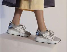tretzesabatesHan llegado otra vez‼️#AlexanderSmith #sneakers #instaday #streetstyle #loveit #ss17 #argento #white #fashion #cool