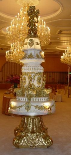 Opulent wedding cake for a royal wedding in Kuwait / By:  Cafe Opera Bakery