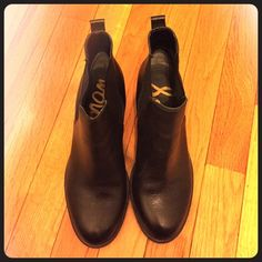 Like NEW Sam Edelman Leather Booties Black, leather booties. Barely worn-maybe twice, in like new condition Sam Edelman Shoes Ankle Boots & Booties