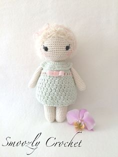 Lovely crochet doll in pastels. Crochet Bear, Love Crochet, Crochet For Kids, Diy Crochet, Crochet Animals, Amigurumi Doll, Amigurumi Patterns, Crochet Patterns, Knitted Dolls