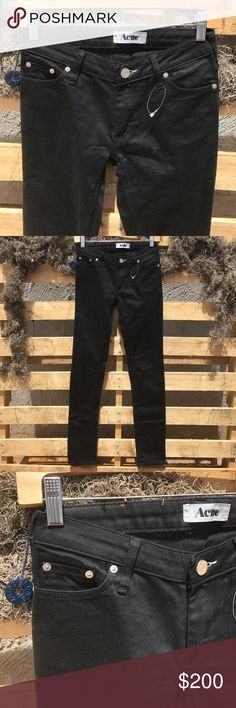 """NWOT ACNE Black Skinny Jeans Size 26 New withrout Tags. Still has circular keychain attached. Awesome skinny jeans. 93% cotton, 6% pes, 1% Lycra Waist: 13.5"""" Inseam: 32"""" Acne Jeans Skinny"""