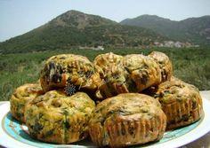 Αλμυρά muffins με σπανάκι και φέτα