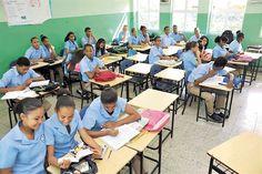 Reclaman nombramientos de profesores en escuela Comunitaria Mauricio Báez de Los Guaricanos