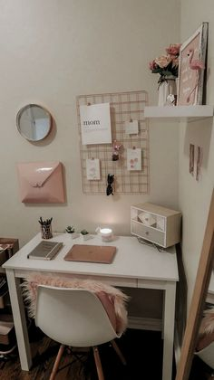 My home office lipstick and bows, bows home office . - My home office lipstick and bows, Home o Study Room Decor, Room Ideas Bedroom, Girl Bedroom Designs, Teen Room Decor, Small Room Bedroom, Home Office Decor, Bedroom Decor, Office Desk, Dorm Desk Decor