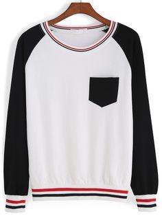 Striped Trim With Pocket Sweatshirt 13.67