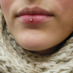 ashley piercings are cute. I have a vertical labret piercing. I love it though, and it healed so fast. Idk about ashley piercings and healing though. Smiley Piercing, Piercing Tattoo, Skin Piercing, Face Piercings, Lip Peircings, Unique Piercings, Dahlia Piercing, Body Art, Earrings