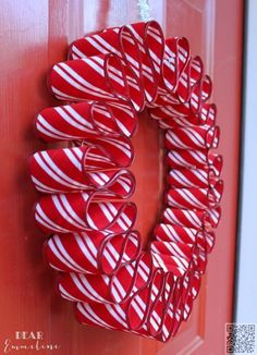 Awesome Diy Christmas Home Decorations And Homemade Holiday Decor Ideas - Quick And Easy Decorating Ideas, Cool Ornaments, Home Decor Crafts And Fun Christmas Stuff Crafts And Diy Projects By Diy Joy Easy Ribbon Candy Wreath Wreath Crafts, Diy Wreath, Christmas Projects, Holiday Crafts, Diy Crafts, Wreath Ideas, Decor Crafts, Door Wreaths, Christmas Ideas