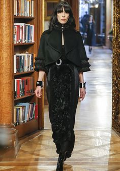 Défilé Chanel Métiers d'Art Automne 2015 à Salzburg - Glamour