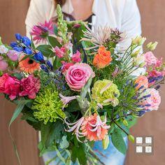 10 jaar Effen Anders Bloembinders, dat gaan we vieren! Lees alles hierover in onze Effen wat Anders blog: http://bloemenuitaalten.nl/effen_wat_anders/10-jaar-effen-anders/