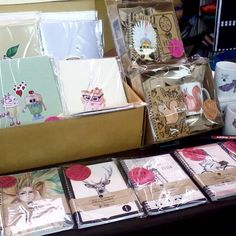 Another shot from Sundays' WAMP #Design #Market #füzet #bögre #notebook #mug #handmade #etsy #artmarket #handillustrated #giftset WE SHIP WORLDWIDE, more info in my @Etsy site #webshop #backtoschool #schoolsupplies #sale #workbook #evelynillustrations #vihko #notesbog