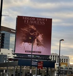 Taylor Swift Meme, Taylor Swift Fearless, Taylor Swift Pictures, Taylor Alison Swift, Red Taylor, Live Taylor, Album Of The Year, Make New Friends, Favorite Person