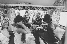 Novios en la caravana 2 Stand Feria, Ibiza Wedding, Renting, Weddings, Concert, Camper Van, Events, Boyfriends, Wedding