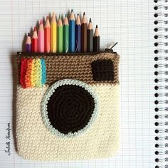 Crocheted Instagram Camera Pencil Case via lastejeymaneje   Awesome right?