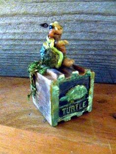 ooak baby miniature baby turtle by No Tua Lyke clay sculpture