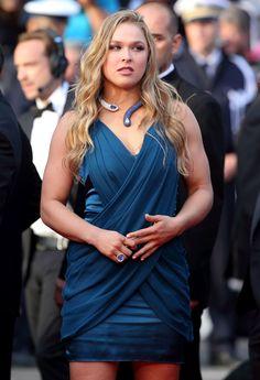 - Ronda Rousey& Most Stylish Looks Ronda Rousey Hot, Ronda Jean Rousey, Ronda Rousy, Rowdy Ronda, Ufc Women, Wwe Girls, Raw Women's Champion, Muscular Women, Martial