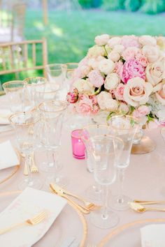pale pink, who doesn't love pink? MINUS those cheap looking pink votives. Ick.