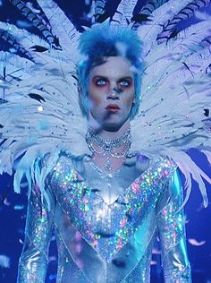 cinemazilla:  Velvet Goldmine (1998)