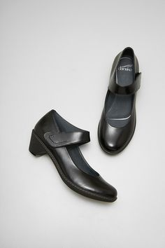 Dansko dress shoe -- Bess Black Kidskin from the Barcelona