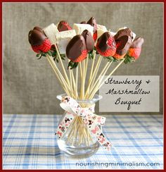 Chocolate Covered Strawberry and Marshmallow Edible Bouquet. Easy and Beautiful! Perfect for Valentine's Day