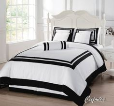 Amazon.com: 7 Pieces Caprice White with Black Square Pattern Hotel Comforter Bed-in-a-bag Set Queen Size Bedding: Home & Kitchen