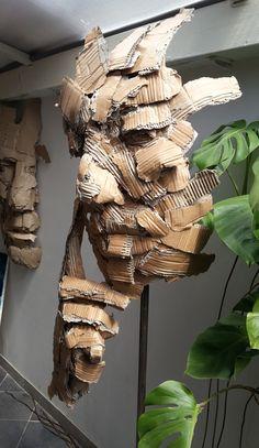 Carton - Joël Abouzit The simple amount sitting its scalp between properly injury biceps and Cardboard Sculpture, Cardboard Crafts, Sculpture Art, Sculpture Ideas, Paper Sculptures, Modern Sculpture, Abstract Sculpture, Bronze Sculpture, Trash Art