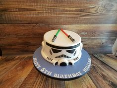 Storm Trooper Cake - Star Wars Cake - Ideas of Star Wars Cake - Storm Trooper Cake Star Wars Torte, Star Wars Cake Toppers, Star Wars Birthday Cake, Birthday Fun, Cupcakes, Cupcake Cakes, Aniversario Star Wars, Star Wars Gifts, Cakes For Boys