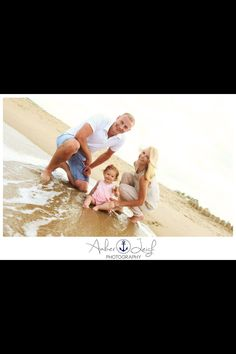Cute family beach pictures