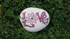 Painted Love rock garden decoration Flower di MyPaintedSwan