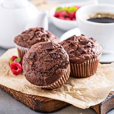 Try Baking Mad's gluten free chocolate muffins recipe today. They taste just as good as ever and they're so easy to bake! Gluten Free Chocolate Muffin Recipe, Triple Chocolate Muffins, Healthy Chocolate Muffins, Chocolate Flavors, Chocolate Recipes, Chocolate Color, Slow Cooker Desserts, Low Carb Desserts, Food Cakes